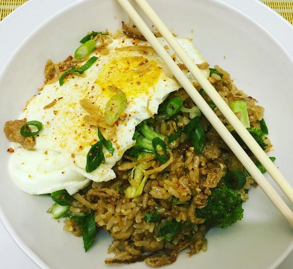 how to make egg fried rice easy
