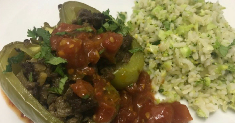 Stuffed Peppers with Chunky Tomato Sauce and Broccoli Brown Rice